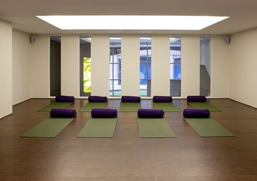 Beautiful, light-filled studio for hire at Embody Wellness,Vauxhall, South London